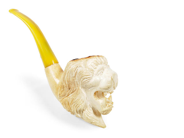 An Elvis Presley owned pipe