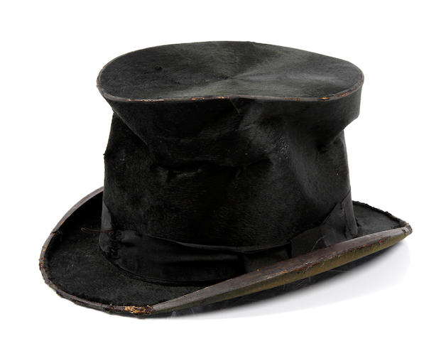 A Lucille Ball top hat