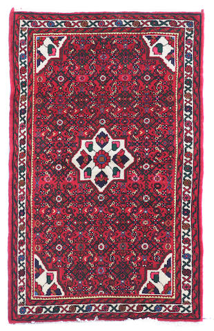 A Mahal rug size approximately 3ft. 3in. x 5ft. 5in.