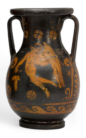 A South Italian red figure pelike circa 4th century B.C.
