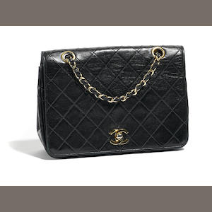 A Chanel navy handbag