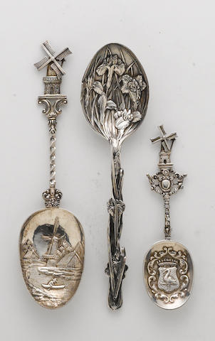 A Dutch 833 silver group of two graduated similar spoons with windmill finials  (3)