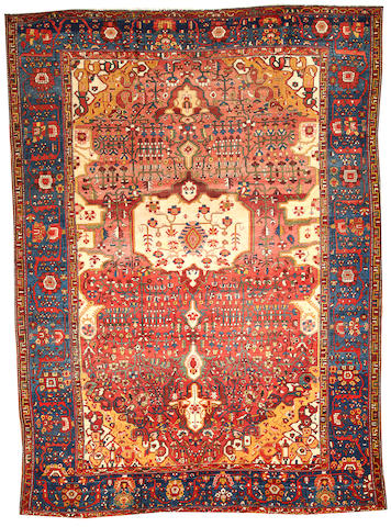 A Fereghan Sarouk carpet Central Persia size approximately 8ft. 3in. x 11ft. 3in.