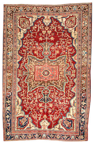 A Fereghan Sarouk rug Central Persia size approximately 4ft. 4in. x 6ft. 9in.