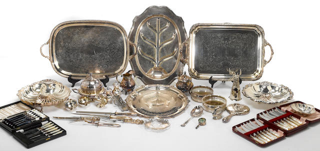 A quantity of plated table articles and cutlery