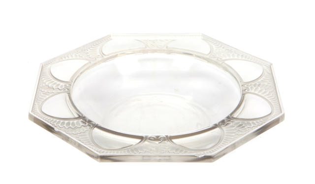 A pair of R. Lalique octagonal molded glass bowls: Coupe Marly (Marcilhac 10-402), design introduced 1942