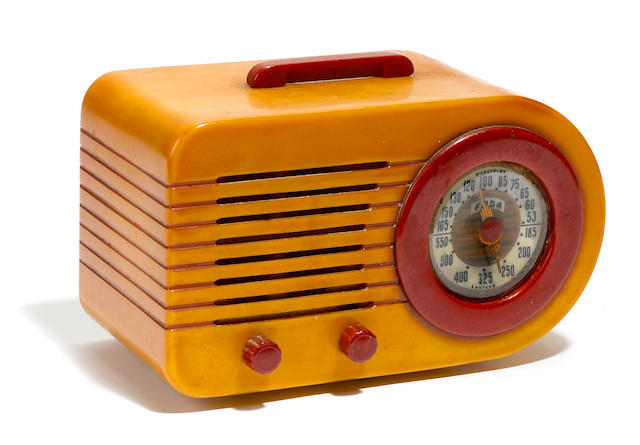 A FADA Bullet catalin tabletop radio