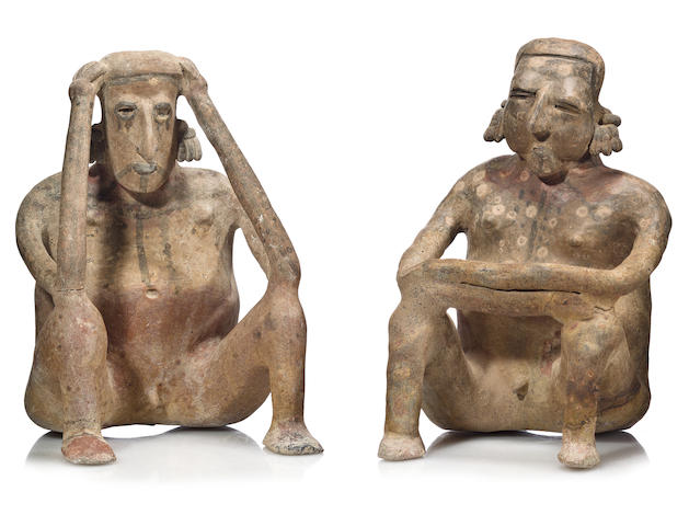 A large Jalisco seated couple