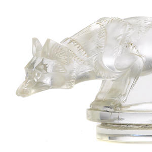 An extremely rare 'Renard' mascot by René Lalique, Sold for US$ 338,500