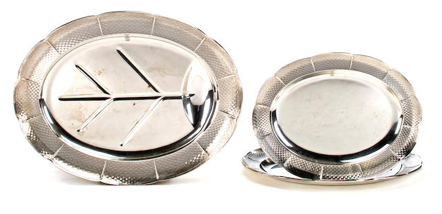 Two Victorian silver graduated oval plattera and a well-and-tree platter, Robert Garrard, London, 1856