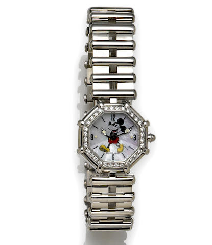 Gerald Genta. A diamond and stainless steel ladies bracelet watch
