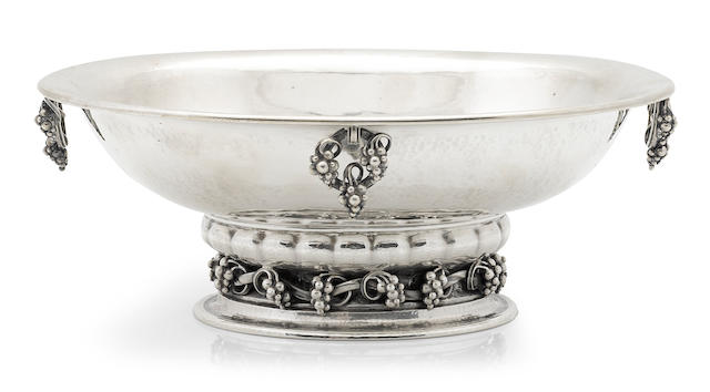 A Georg Jensen sterling silver centerpiece bowl, 296B, circa 1930s