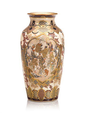 A small, finely painted Satsuma vase By Juzan, Meiji period (late 19th century)
