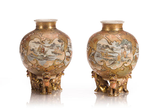 A pair of small Satsuma vases Meiji period (late 19th century)