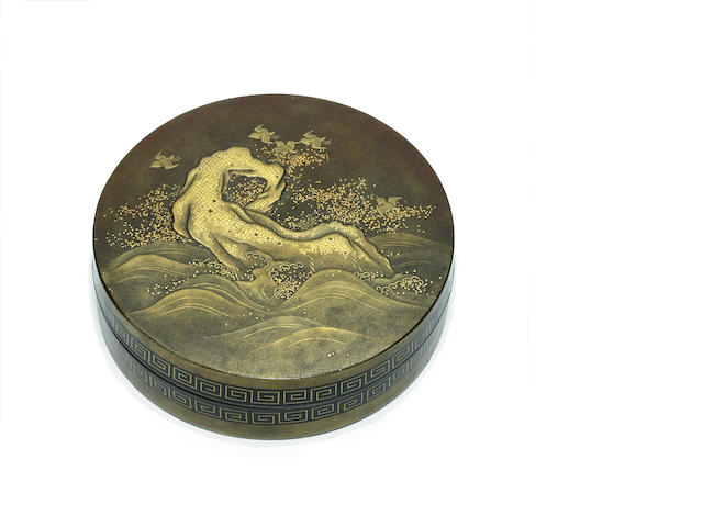 A gilt lacquer circular incense box (kogo)<BR />Early 19th century