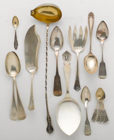 A sterling flatware group  (17)