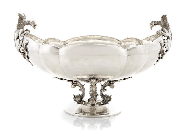An Italian 800 standard silver Baroque style center bowl retailed by Tutunzi, Rome, 20th century