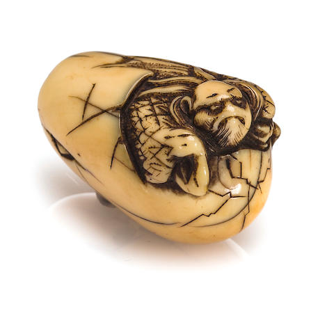 A ivory netsuke of tengu no tamago Edo period (late 18th century)