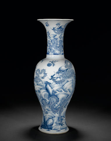 A fine and large Chinese blue and white porcelain baluster vase with dragon decoration  Kangxi period