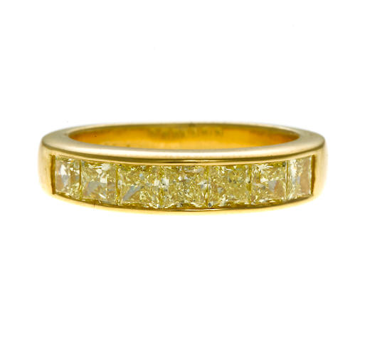 princess cut yellow diamond band