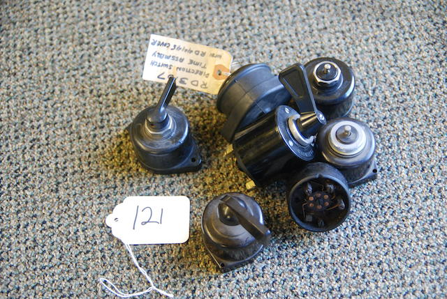 A quantity of direction indicator switches,