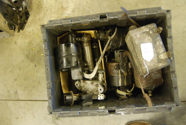 A quantity of Rolls-Royce Phantom III Bijur and BWS jack parts,
