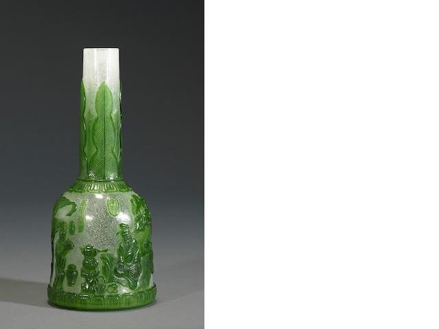 Mallet snowflake  vase with green overlay-tea scene