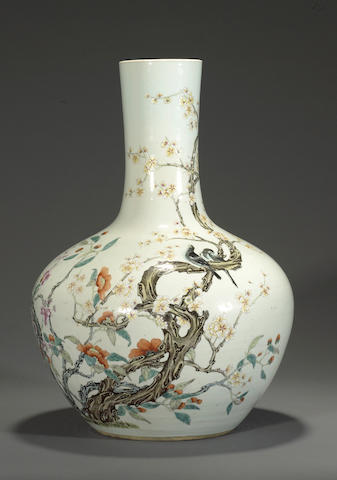 A famille rose enameled porcelain stick-neck vase Qianlong mark, Republic period