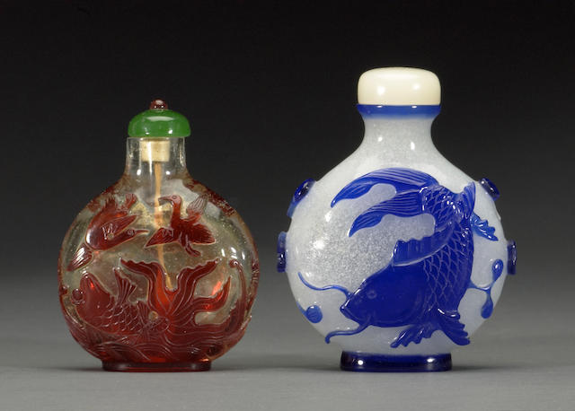 Two overlay-decorated glass snuff bottles