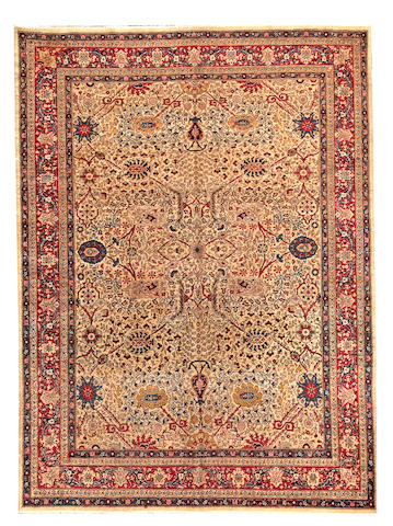 A Sivas rug  Turkey size approximately 6ft. 3in. x 8ft. 3in.