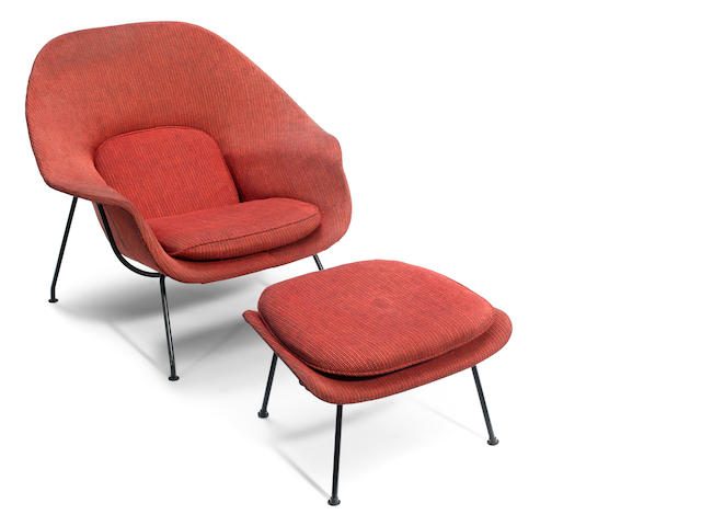An Eero Saarinen enameled metal and wool upholstered Womb chair and ottoman designed circa 1948 for Knoll Associates
