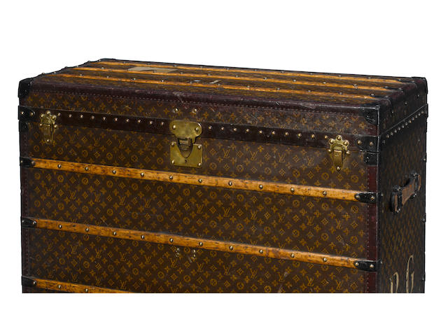 A rare custom Louis Vuitton printed canvas, enameled metal and wood art trunk Paris, 1924-1927
