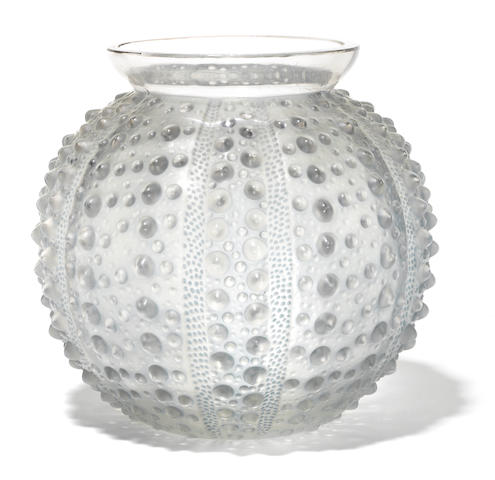 An René Lalique glass vase: Oursin (Marcilhac 10-888), model introduced 1935