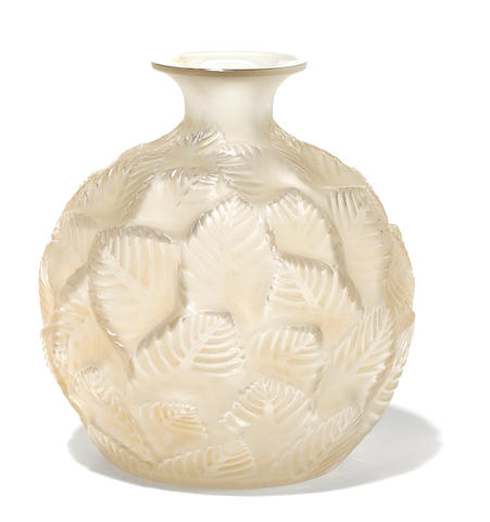 A René Lalique molded glass vase: Ormeaux (Marcilhac 984), model introduced 1926