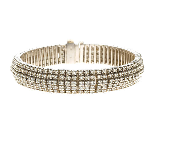 A diamond five-row bracelet