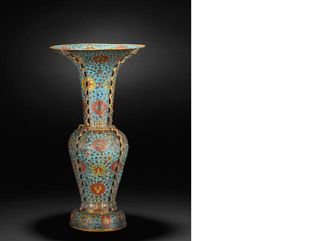 A fine and large cloisonné enameled metal vase 17th/18th century