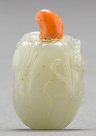 A miniature white jade snuff bottle 1780-1850