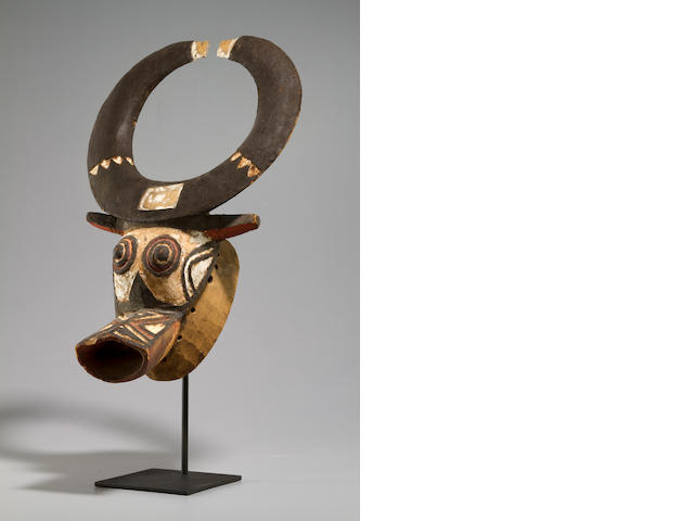 Nuna/Bwa Buffalo Mask