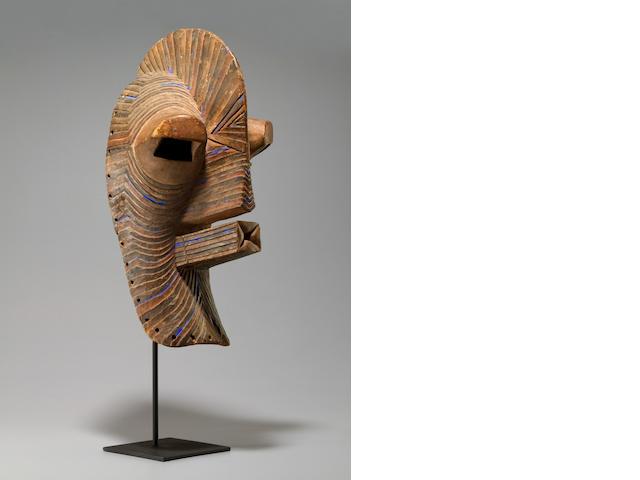 Kifebwe/Songye Mask