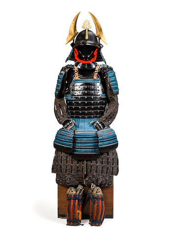 A black-lacquer armor with blue lacing and water plantain side crests