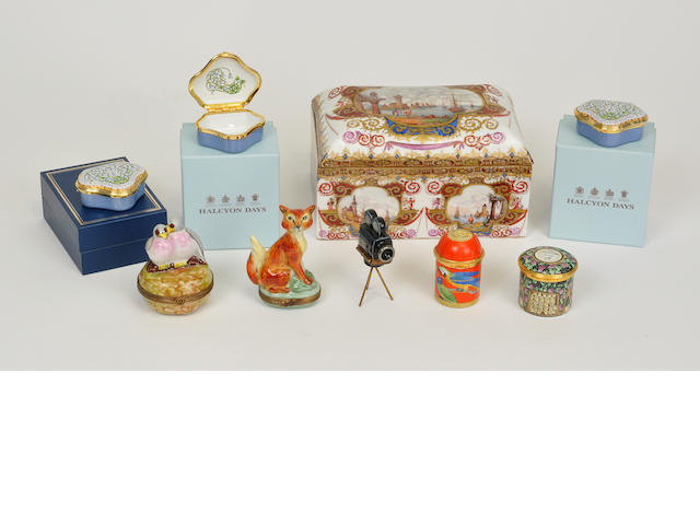 Nine miscellaneous small boxes