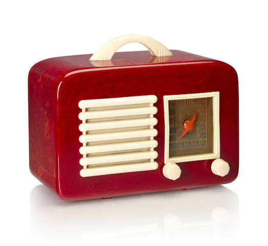 A General Television 591, burgundy and white<BR />1940