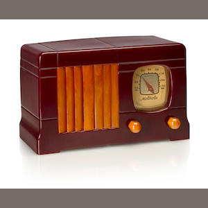 A Motorola 52 Vertical Grille, maroon and yellow. 1939