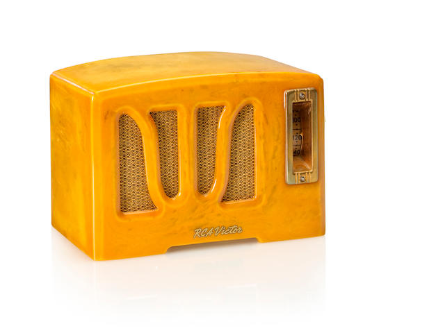 An RCA 350 W Grille, yellow and white<BR />1938