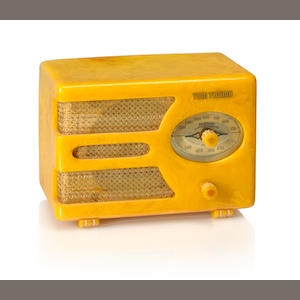 An Automatic Radio MFG Co Tom Thumb model 933, virgin gold. 1938