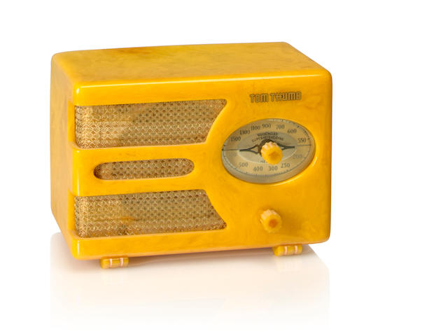 An Automatic Radio MFG Co Tom Thumb model 933, virgin gold<BR />1938