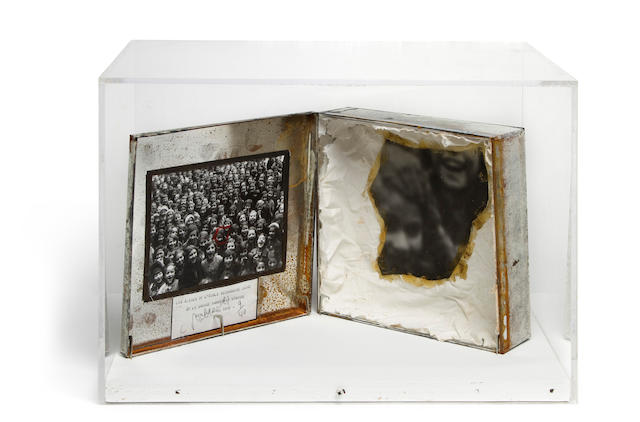 Christian Boltanski, L'ecole de la Grosse Hamburger Strassed en 1938 (Lost Children), 1991