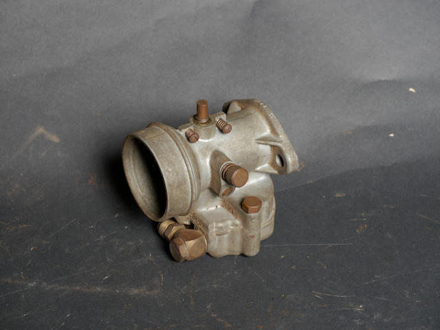 A side draft American racing carburetor,