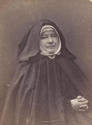 Nadar (1820-1910); Portrait de Mère Marie Jamet, Supérieure de l'Ordre des Petites Soeurs des Pauvres; (2)