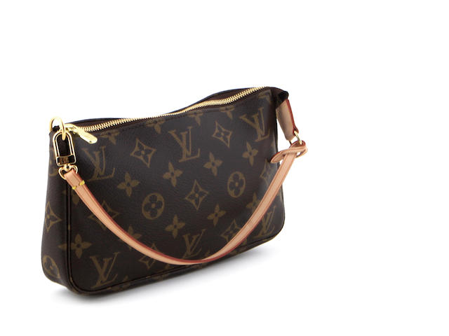 A Louis Vuitton monogram shoulder bag